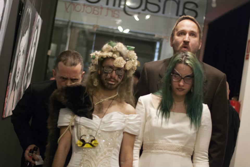 Miroir Noir final Marriage